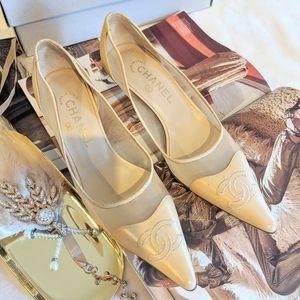 CHANEL CC Logo Cream Mesh Leather Heels 36.5